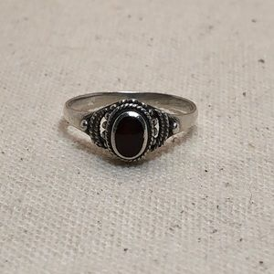 Jewelry - Vintage garnet sterling silver ring size 5.5